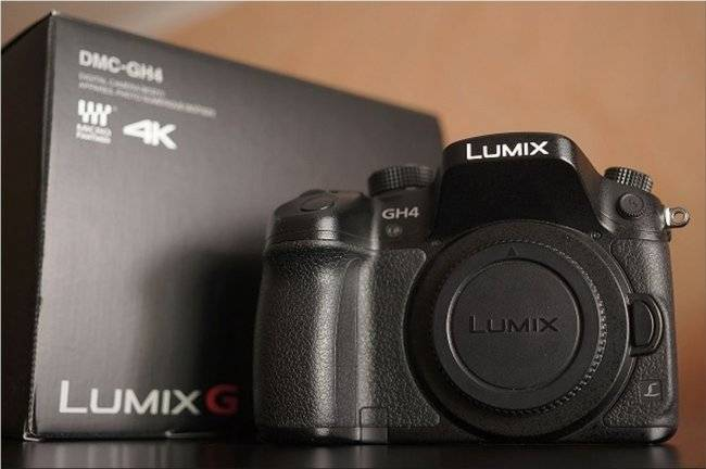 PANASONIC LUMIX DMC GH4