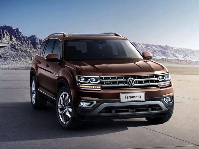 Volkswagen Teramont - машина вмещает 7 человек